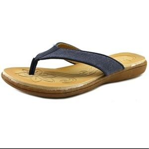 Born B.O.C. 9 Zeva canvas padded flip flops
